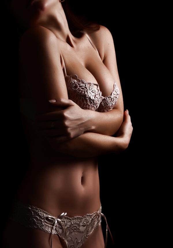 Αυξητική Στήθους: H πιο δημοφιλής επέμβαση