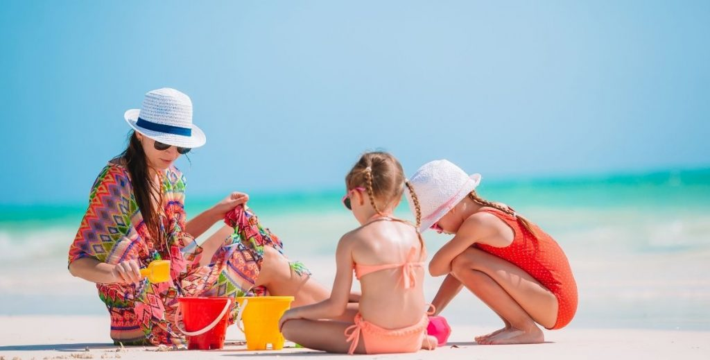 Μητέρα σε δράση: Καλοκαιρινές διακοπές με παιδιά