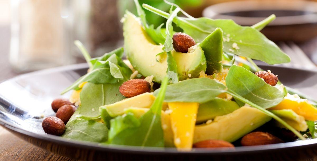 αβοκάντο σαλάτα