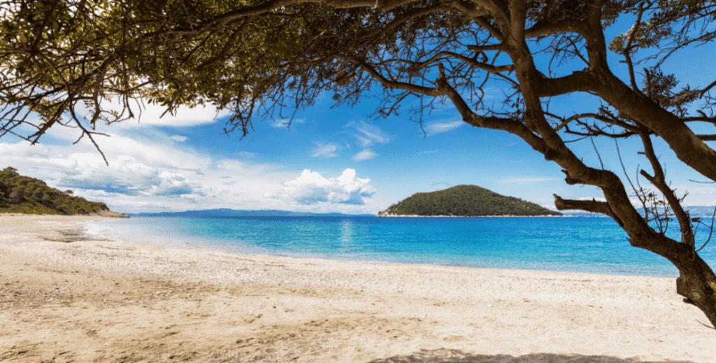 νησιά οικονομικές διακοπές