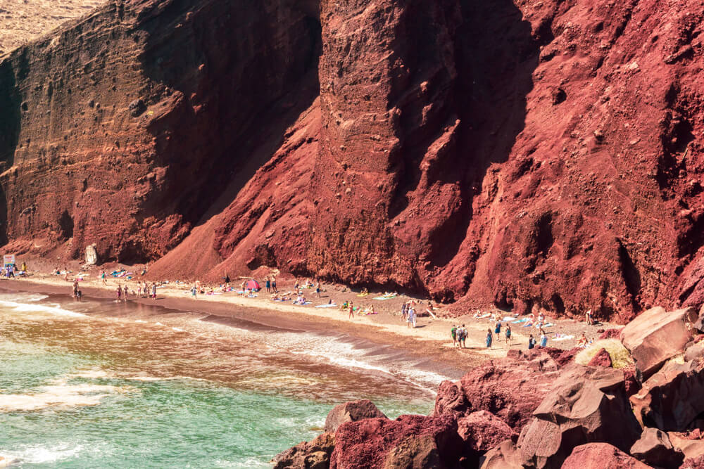 Σαντορίνη κόκκινη παραλία