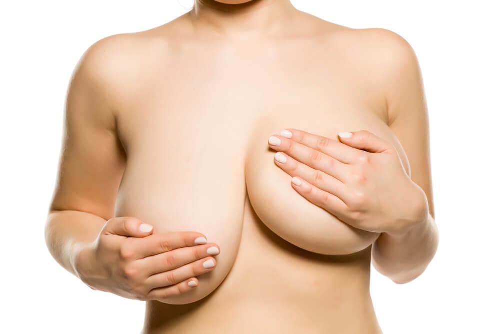 αύξηση στήθους ανισομαστία