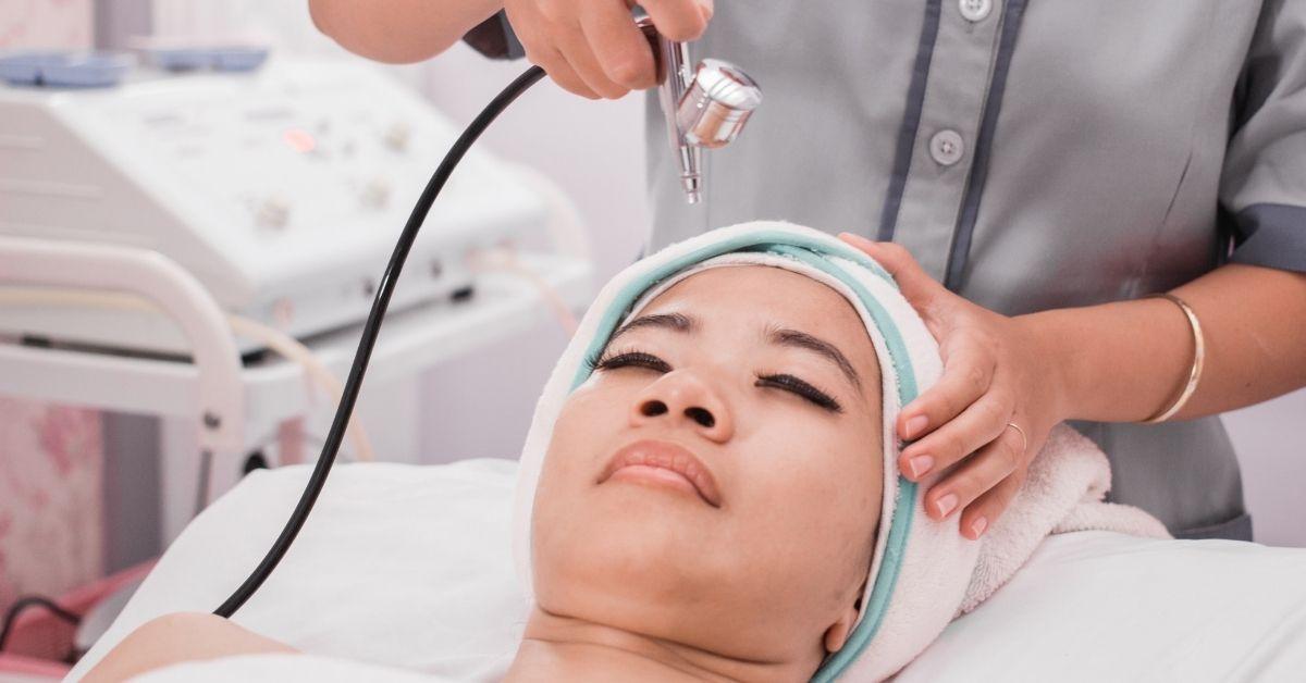 οξυγονοθεραπεία προσώπου δερματολόγος